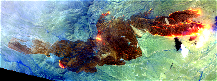 Figure 5 25 April 17-Sawmill Fire-Sentinel-2A-SWIR False Color.png